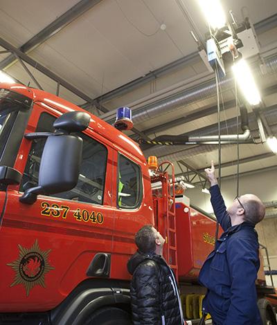 Multidetektorer från Securifire vakar över brandbilarna i Nynäshamn.