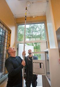 Thomas Holmqvist, Levins Elektriska och Dan Selander,